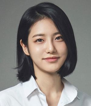 Shin+Ye+Eun+as+Do+Ha+Na